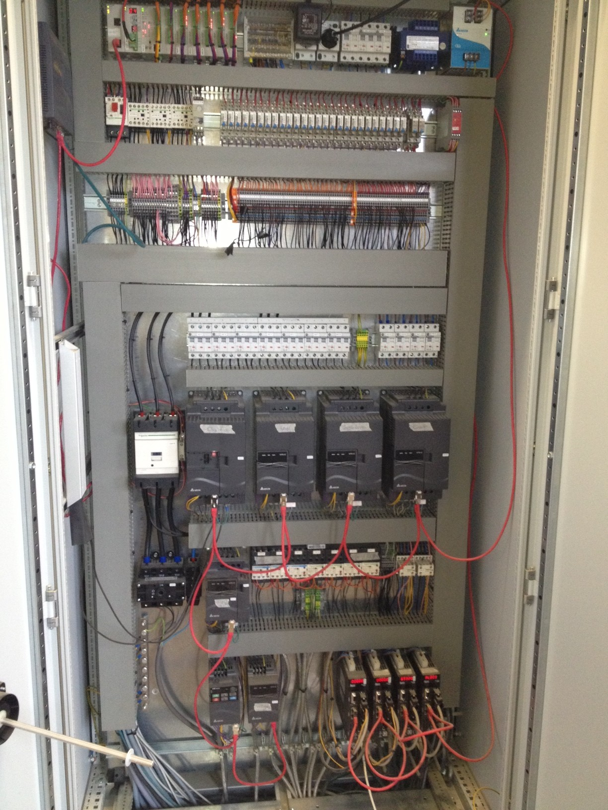 As you can see on the picture our partners use 7 VFD-E drives for  transportation and high speed spindle, and 4 servodrives ASDA-A2 400W for  the ...